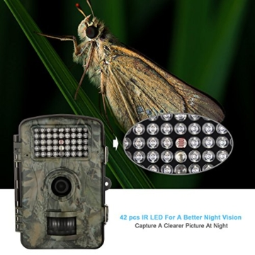 WildKamera Aoleca 12 Millionen Pixel Auflösung 1080P HD Wildlife Kamera 120° Grad Weitwinkel Wasserdichte IP54 Jagd Trail Kamera und Nachtsichtfunktion durch mit 42 IR LEDs und Bewegungserkennung ideal für Wildbeobachtung, Spiel, zur Überwachung und zum Auskundschaften(32GB Kapazität ) -
